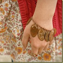 Pressed Pennies Bracelet in 12 Jewelry Projects to Make This Evening eBook