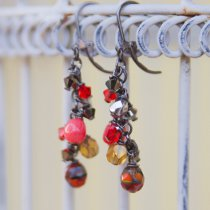 Sparkle and Dangle Earrings in 12 Free Jewelry Projects to Make This Evening