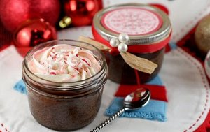 Peppermint Fudge Cupcake Jars