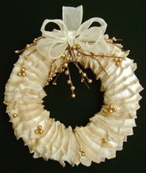 Ivory Ruffles Wreath How to Make Wreaths