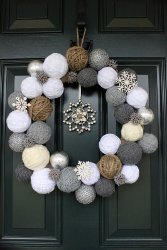 Yarn Snowball Wreath How to Make Wreaths