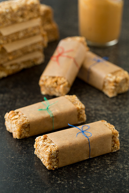 Easy Chewy Peanut Butter Granola Bars