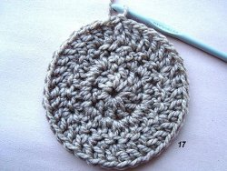 How to crochet in the round allfreecrochet photo 17 shows a 3 row round with no obvious area of the slip stitch and turn ccuart Gallery