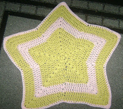 The Crochet Star Pattern: 22 Patterns for a Starry Night