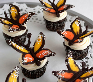 Butterfly Kisses Cupcake Toppers