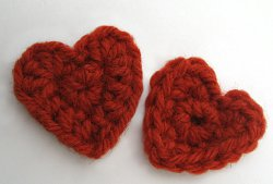 How to Crochet Tiny Hearts