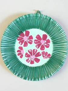 Hawaiian-Inspired-Paper-Plate-Art