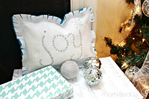 No Sew Joy Pillow