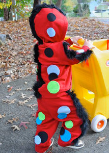 Halloween Crafts for Kids: Homemade Halloween Costume Ideas and Spooky Decor