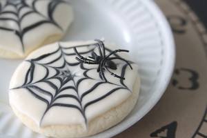Spooky Spiderweb Cookies