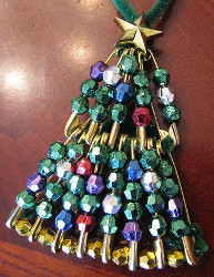Beaded Safety Pin Mini Christmas Tree