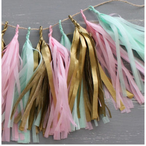 New Year S Eve For All Ages 14 Diy Party Decorations And New Years