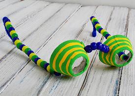Eye spy egg carton glasses for Spy crafts for kids