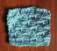 Free Knitting Patterns For Coasters : Bus Stop Basket Weave Knit Coasters AllFreeKnitting.com