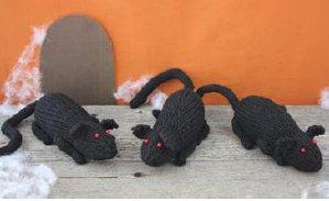 Knitting Pattern For Rat Sweater : One Skein Rats AllFreeKnitting.com