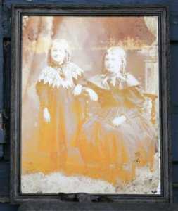 Distressed Vintage Photo and Frame
