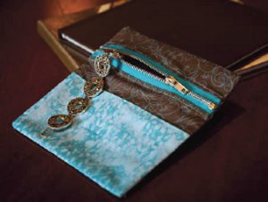Pocket Organizer With Zipper