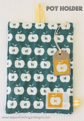 Patterned Pot Holders and Tea Towels