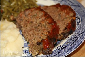 Moist Meatloaf with Mashed Potatoes