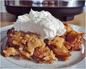 Simple Slow Cooker Apple Pie
