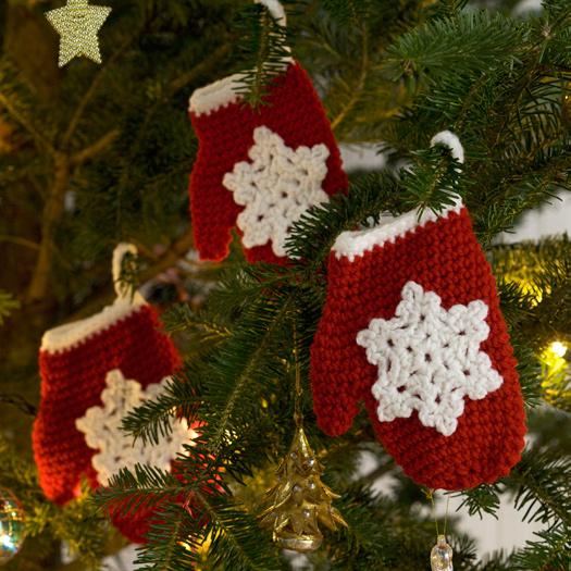 Snowflake Mitten Holiday Ornament Crochet Pattern From Red Heart