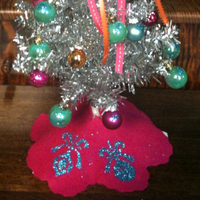 Glitter Ornament Tree Skirt