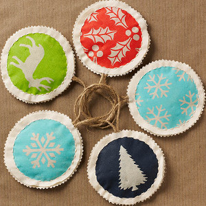 The Prettiest Fabric Ornaments