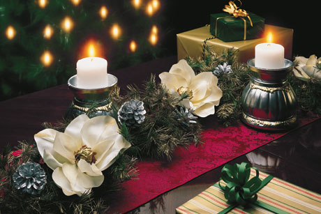 Yuletide Christmas Table Accents
