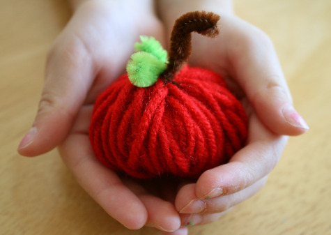 Yarn Apple