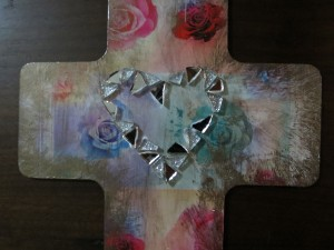 decoupage cross