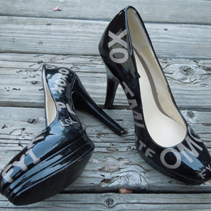 Internet-Inspired Painted Pumps