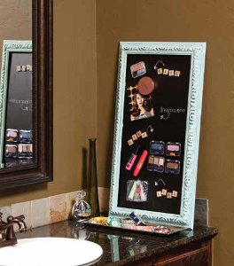 Magnetic Makeup Organizer