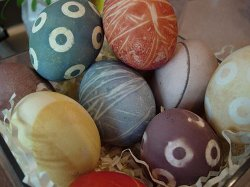Eco-Friendly Easter Egg Dye