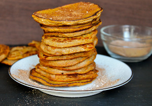 5-Ingredient Pumpkin Spice Pancakes