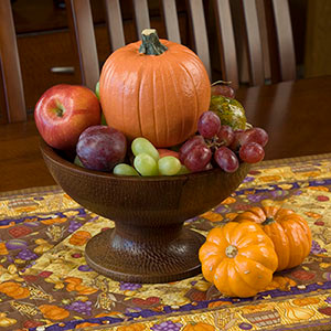 How to Show off Your Table Runner for Thanksgiving