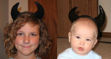 DIY Black Halloween Horns