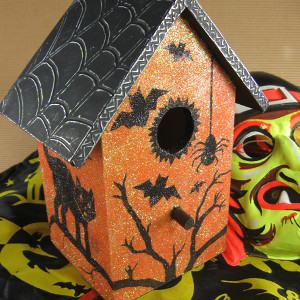Halloween Haunted Birdhouse
