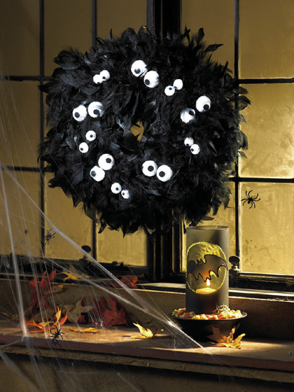 halloween arts and crafts spooky wreath from creative home arts club 4590