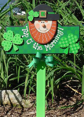 Smiling Leprechaun Sign