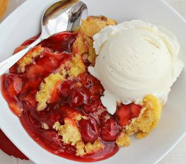 Three-Ingredient Slow Cooker Cherry Cobbler