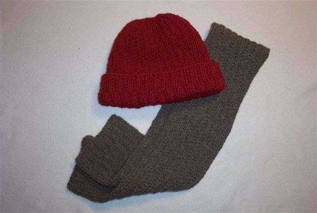 Broken Rib Hat and Scarf