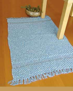 Home With This Easy Rug Knitting Pattern From Lily Sugar N Cream The Twists Is Created Denim Yarn And Not Through A Difficult Design