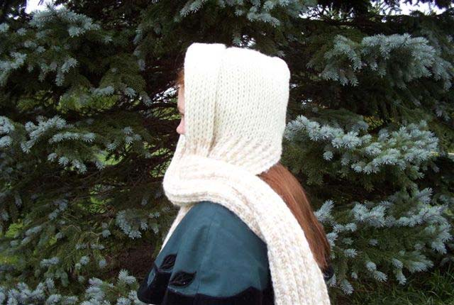 Hooded Scarf Favecrafts