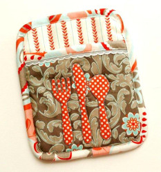18 Kitchen Projects: How to Make Potholders
