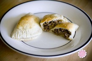 3-Ingredient Hamburger Pockets