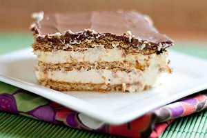 5 Ingredient Layered Eclair Cake