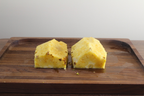 how to cut and core a pineapple