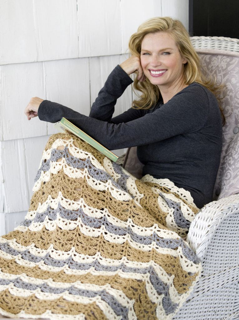 Free Crochet Throw Patterns: 21 Gorgeous Blankets | FaveCrafts.com