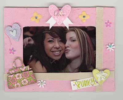 Best Friends Scrapbook Page | FaveCrafts.com