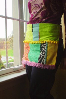 Scrap Fabric Apron | Clever Sewing Projects To Upcycle Fabric Scraps